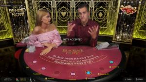 bj2 300x169 روش بازی بیست و یک (Blackjack)