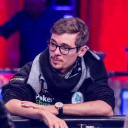 بازی پوکر یک سرمایه گذاری است یا قمار؟